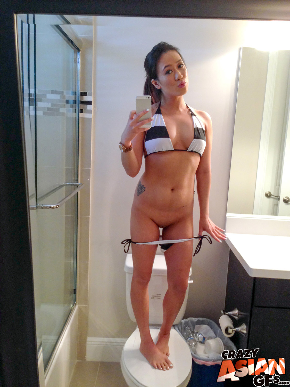 Miley cyrus topless photoshoot