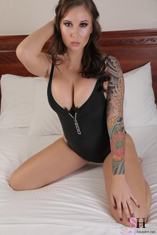 This Amy lynn lee bikini want some