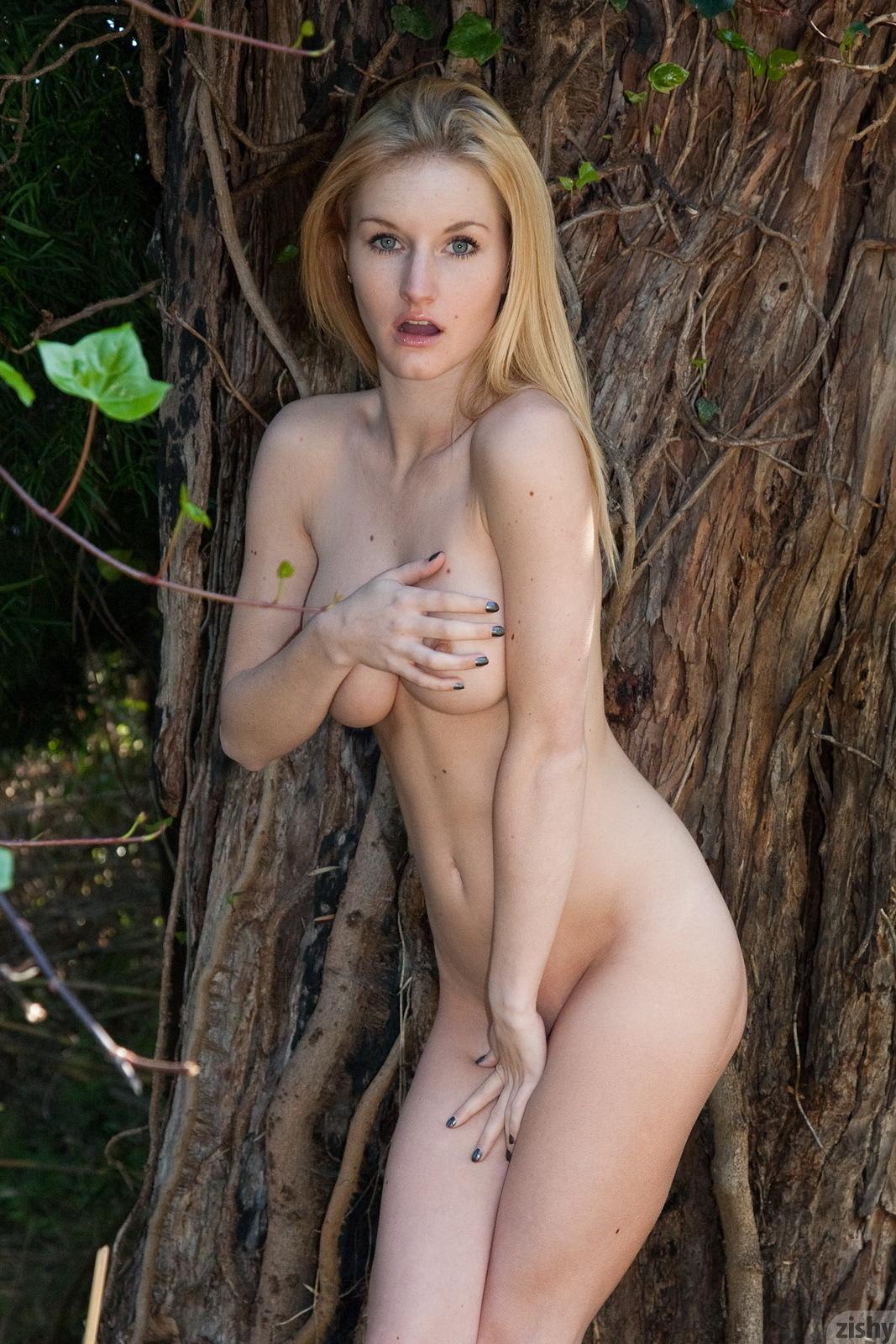 Hot nude in hills, blonde cum amatuer