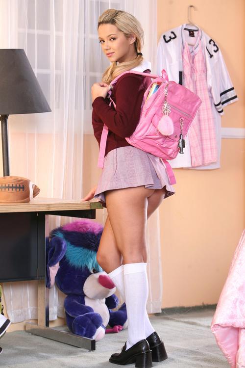 ashlynn brooke schoolgirl