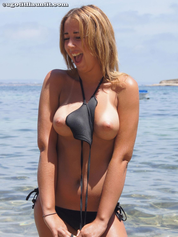 image Brazilian amateur teasing her phat ass