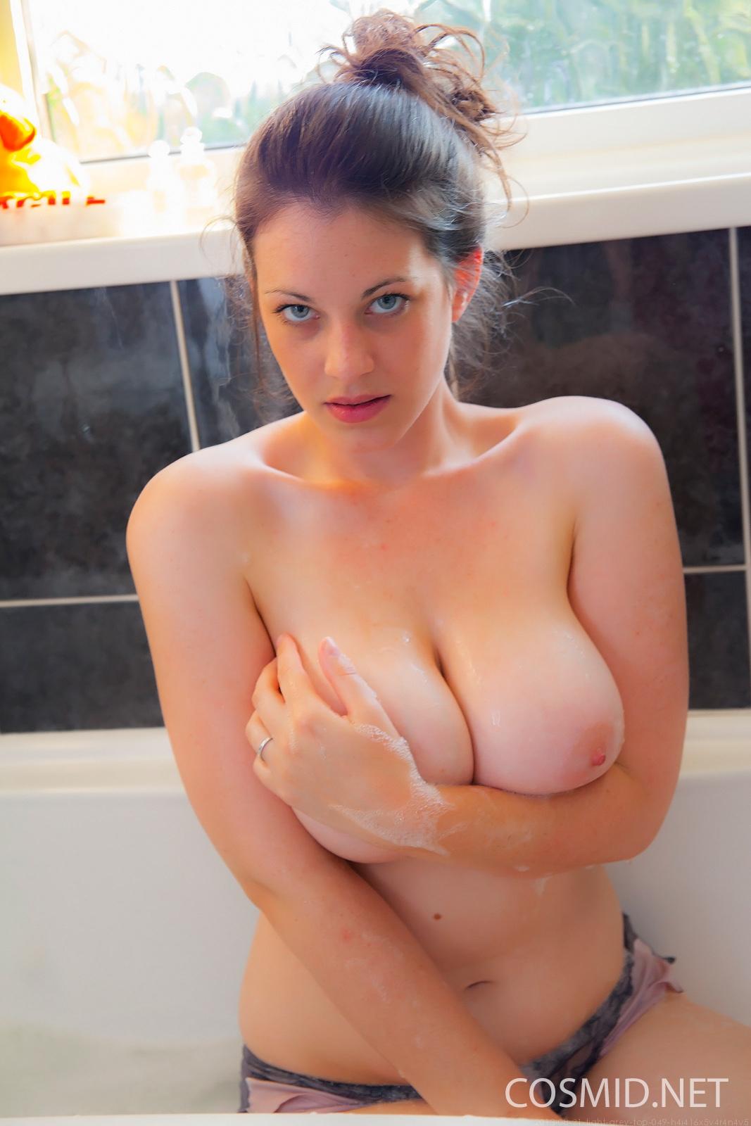 naked beauty milf pornstar