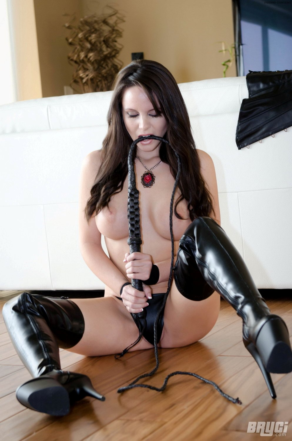 steve meets katie video whipping femdom