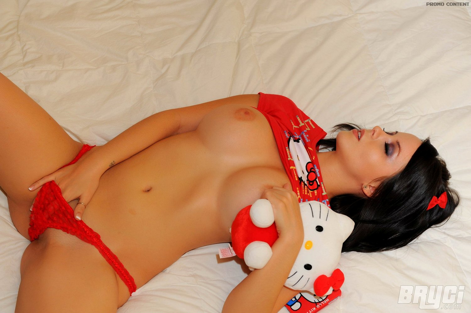 Ideal Hello Kitty Nude Pic