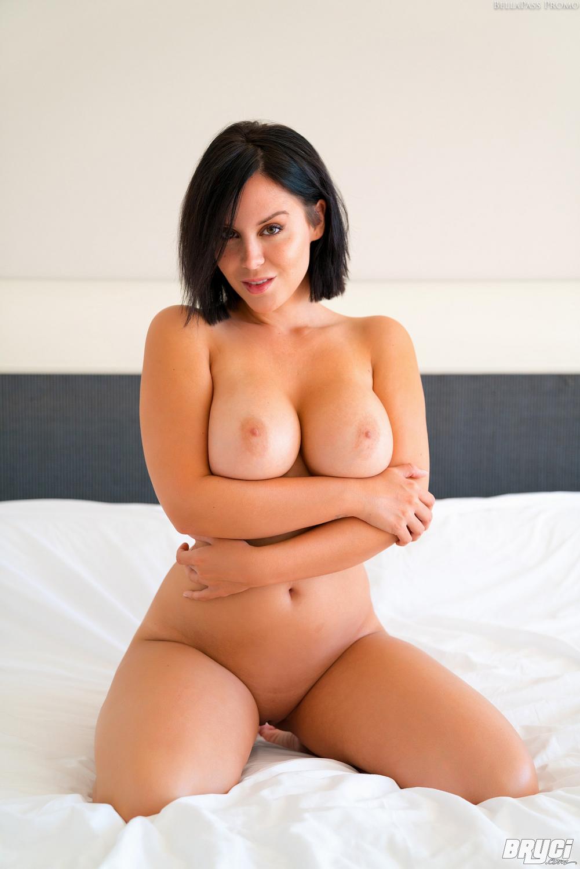 Katy perry naked on camera