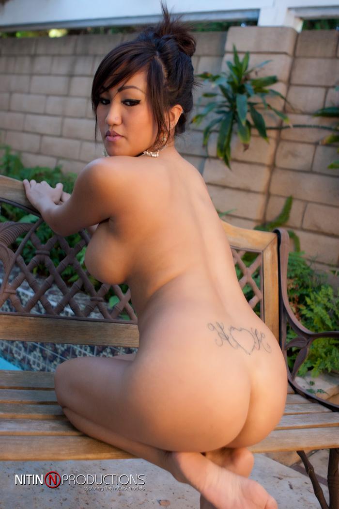 Busty nude filipina