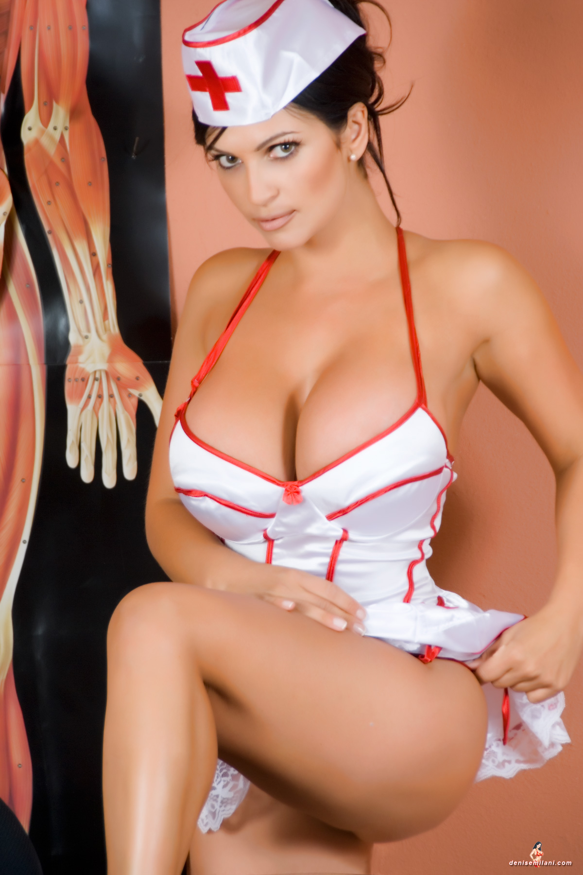 Фото медсестричек брюнеток 15 фотография