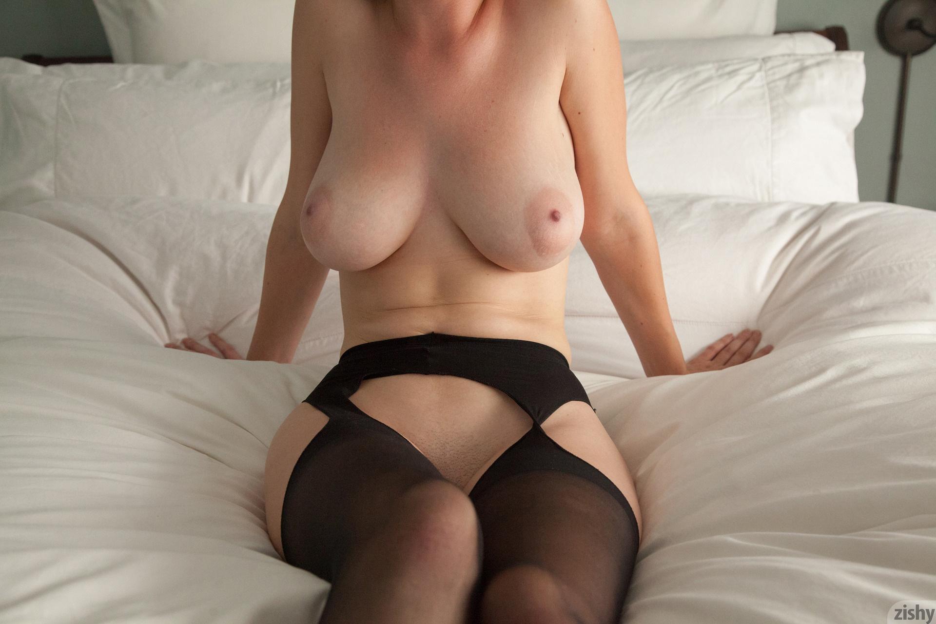 Halladay porn essie Essie Halladay