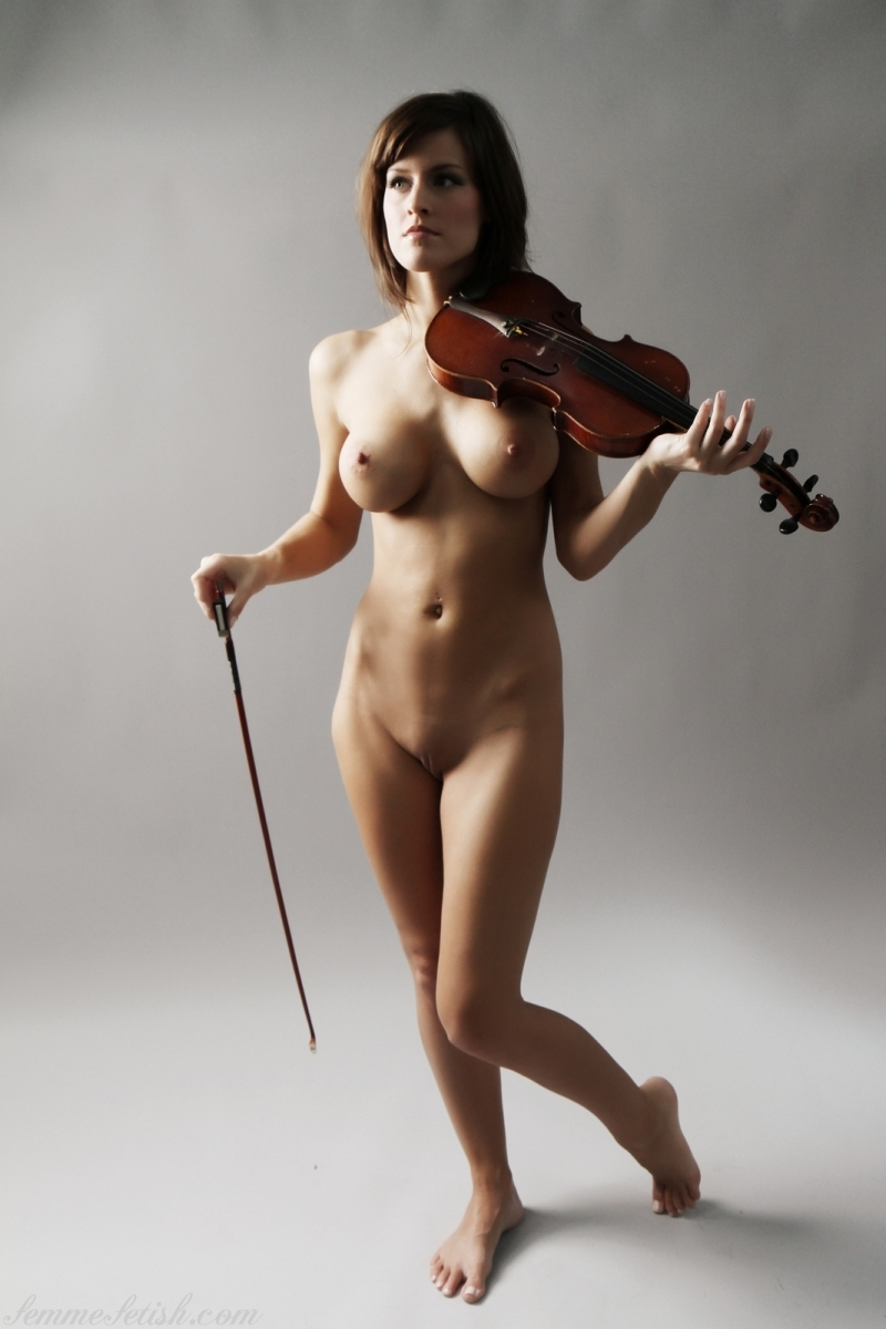 Hairy pussy nude violin