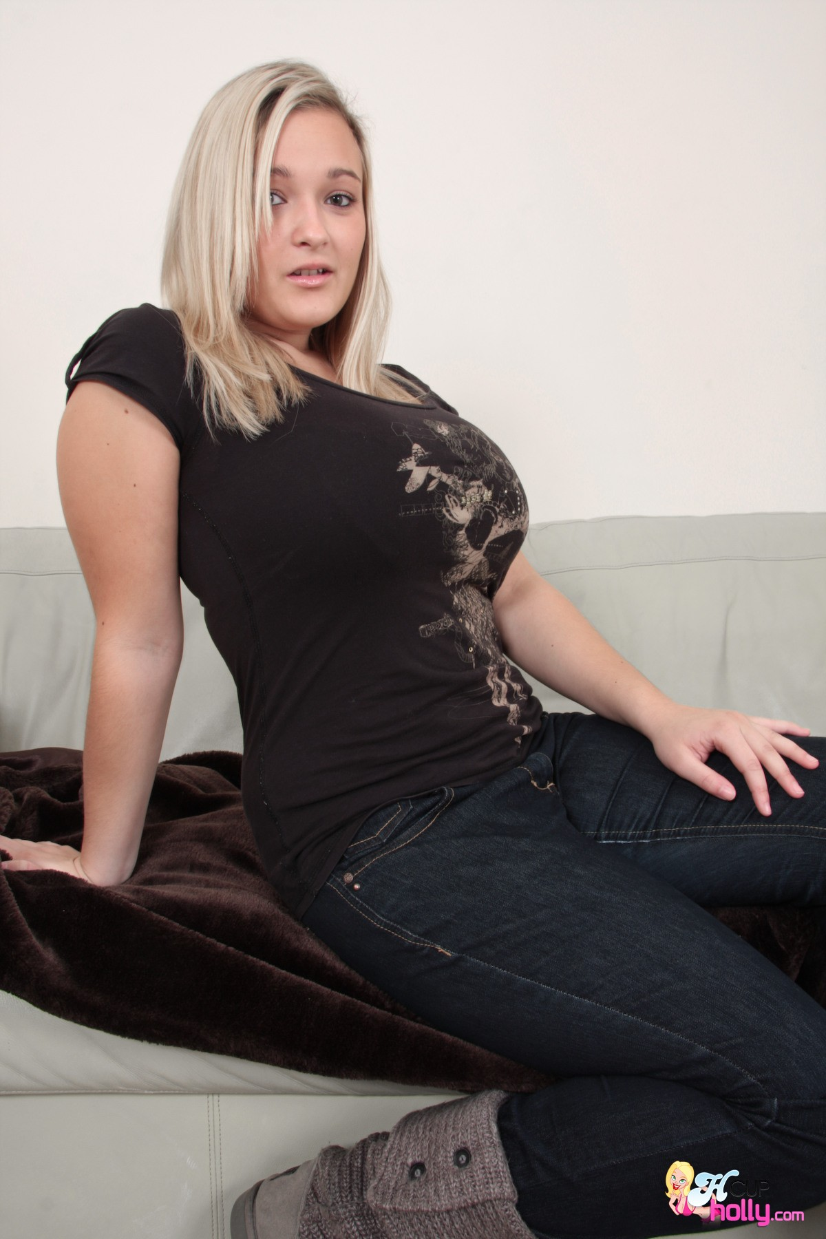 Huge boobs in tight shirt