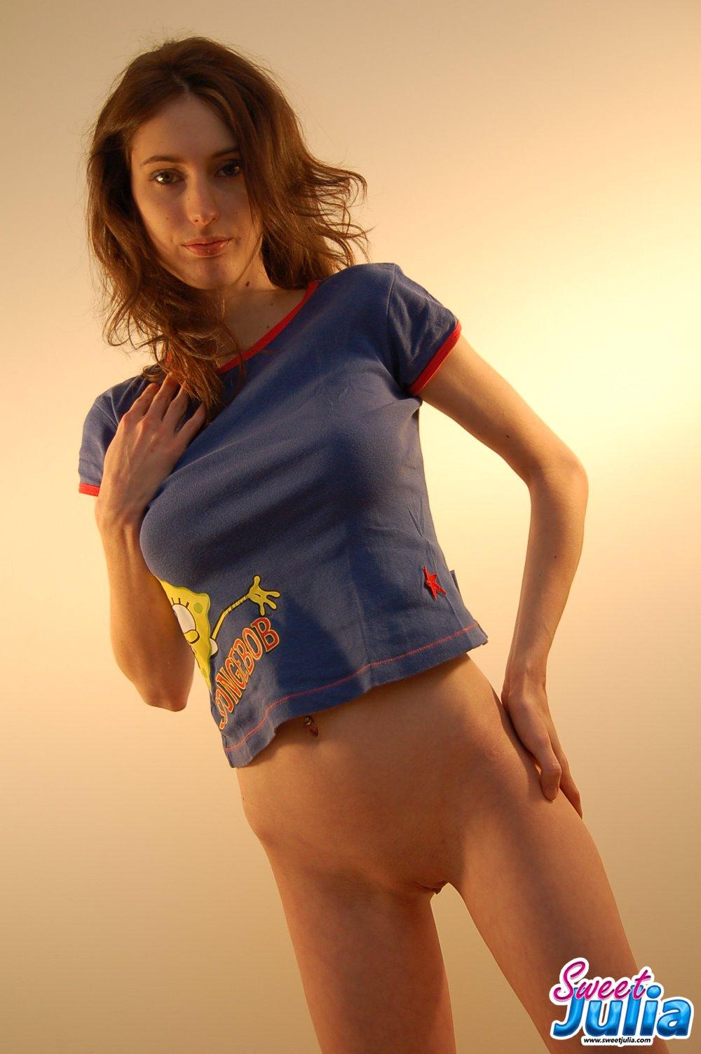 topless bottomless sexy girls