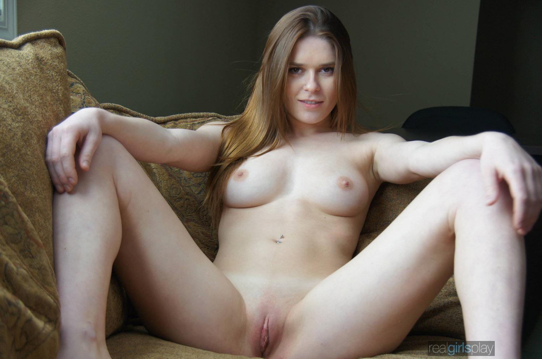 Realgirl nude