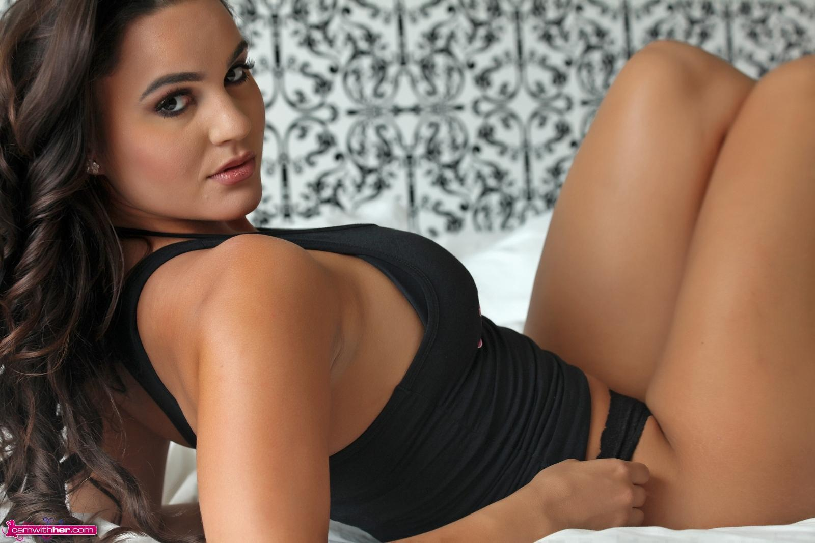 Camwithher kendall morgan cam with her nude star webcam girl