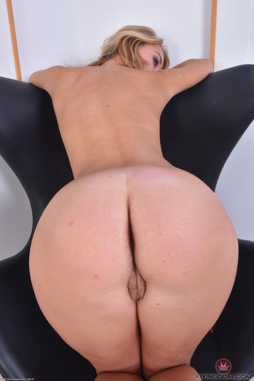 image Beautiful amateur czech girl fucked hard