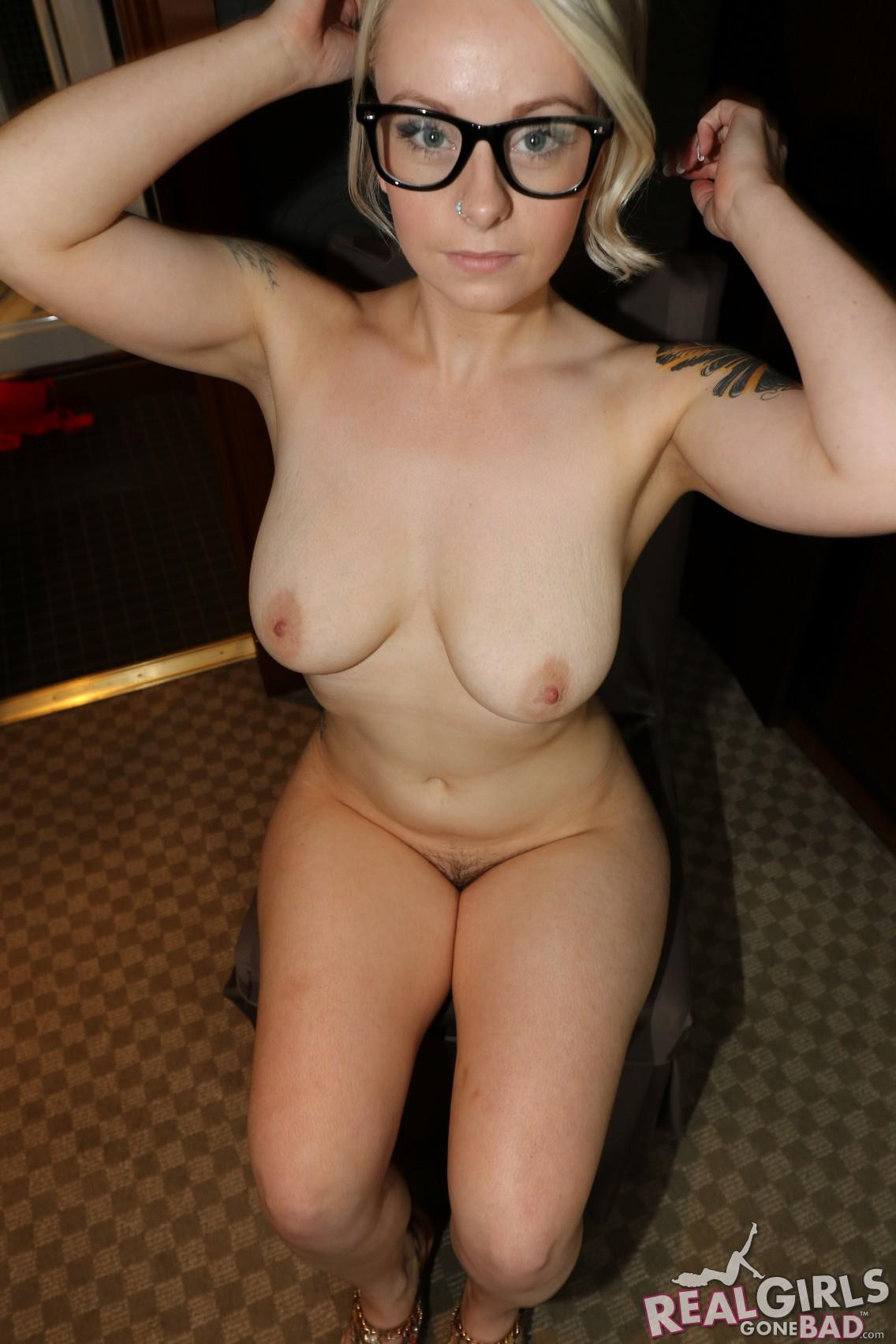 Of pics pussy maries naked constance