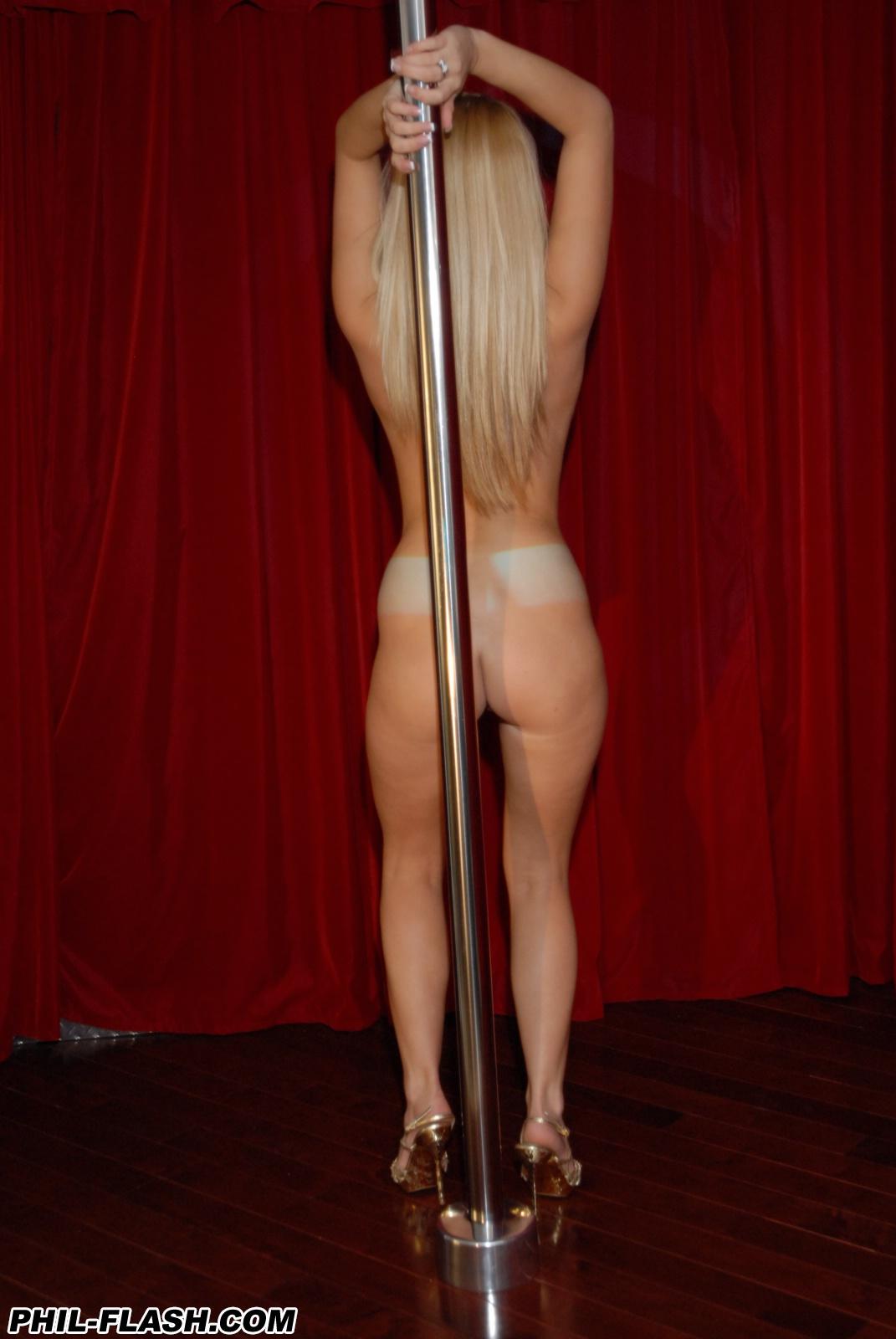 Makenzie Pole Dancing Fun-7599