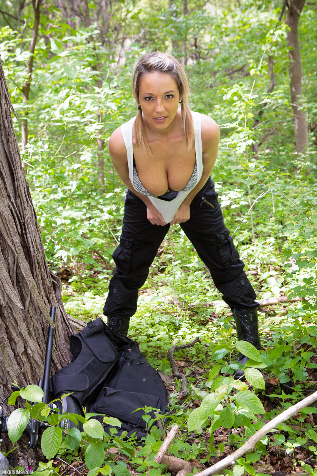 Can not nude women paintball