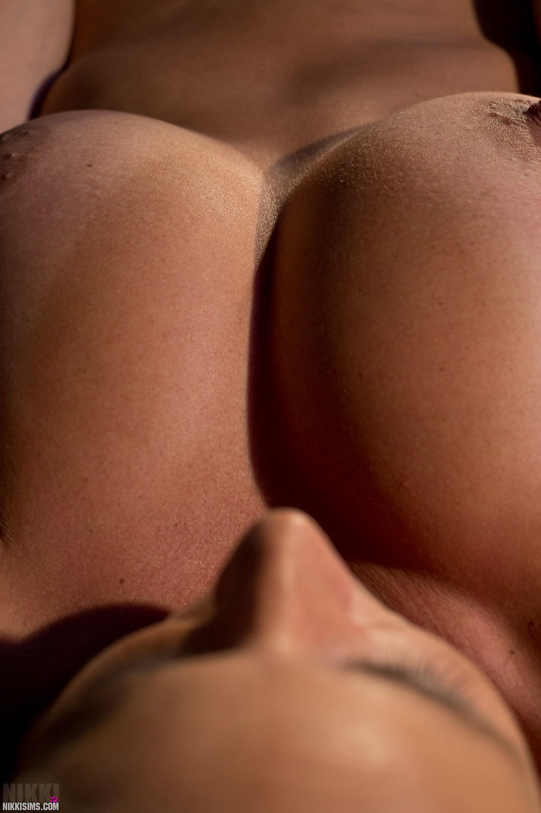 Nikki Sims Topless No Panties Trimmed Pubes