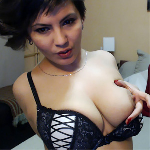 Beauty Jo Streamate