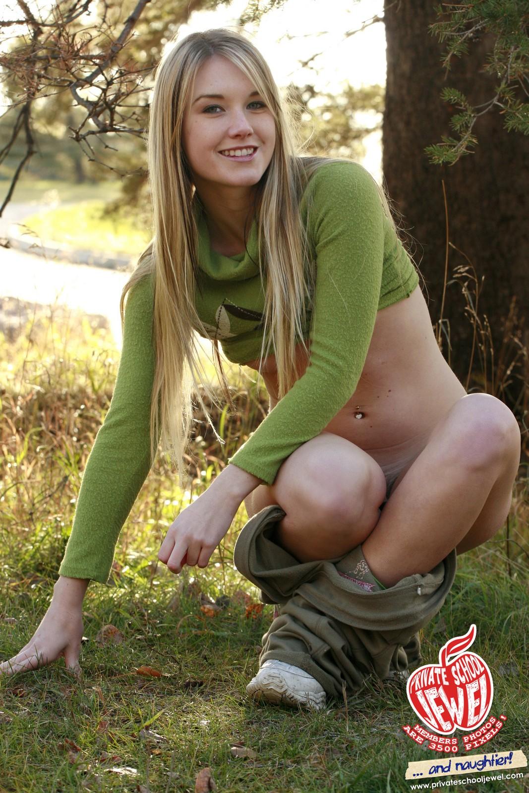 hot young teen ass alanna