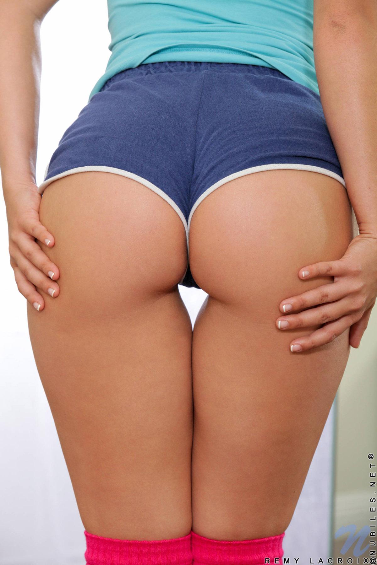 Best booty short pics
