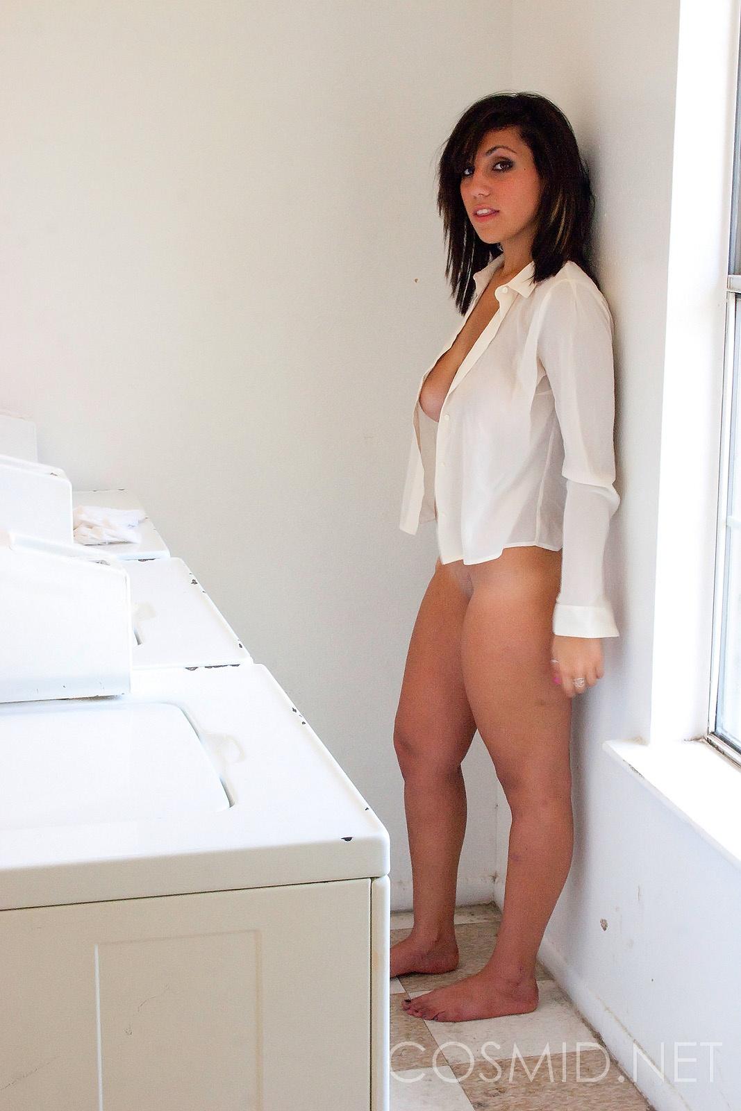 Hot sexy naked doing laundry right! good