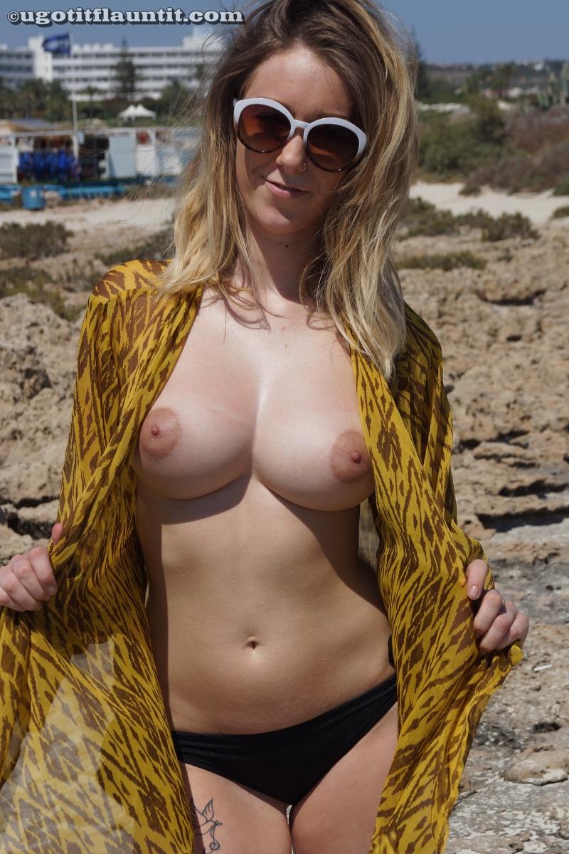 best-beach-boobs