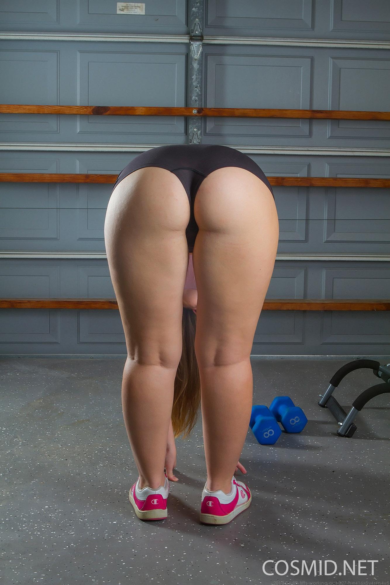 Tiffany Naked Exercise-1025