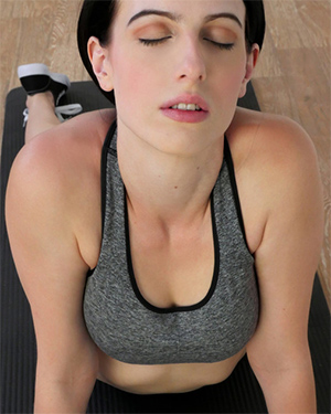 Alex Harper Sexy Workout