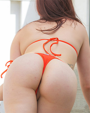 Amber Smith Orange Bikini Nudes Cosmid