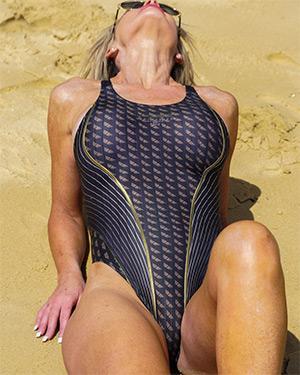 Ana Dark Intro Swimsuit Heaven