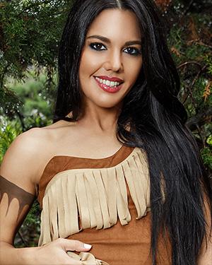 Apolonia Lapiedra Playing Pocahontas Cosplay