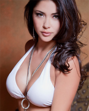 Arianny Celeste Incredibly Sexy