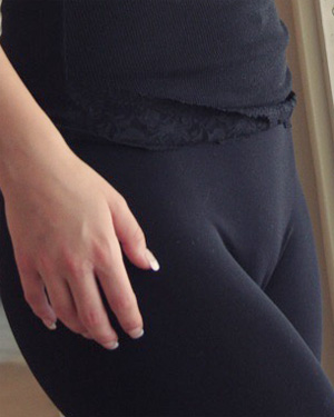 Aspen Martin Tight Yoga Pants
