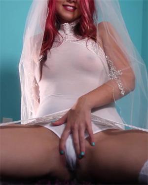 Bailey Knox Horny Honeymoon