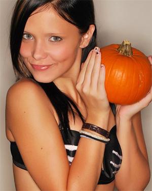 Bailey Knox Halloween Pumpkin Tits