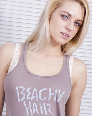 Ms Basil Meadows Beach Hair Stripping