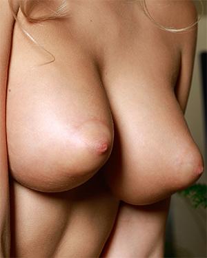Candice Lauren Perky Tits