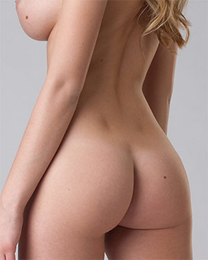 Carisha Gorgeous Girl With Butt Dimples
