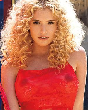 Carly Lauren California Girl
