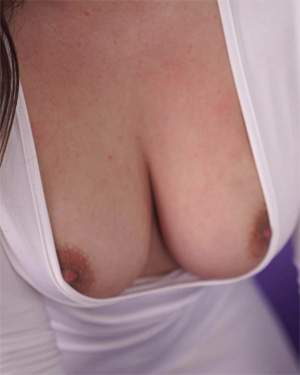 clevage thumbnail free nudes