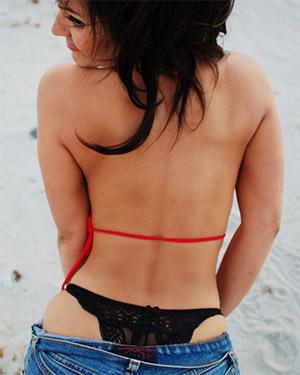 Denise Milani Bikini Babe With Boobs