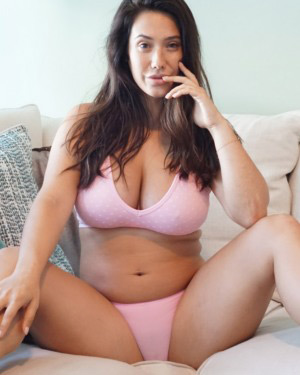 Eva Lovia Pink Pussy