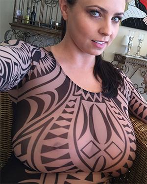 Ewa Sonnet Sheer Selfies