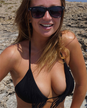 Georgia Busty Beach Flaunt It