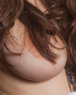 Hailee Fox Those Titties Bounce