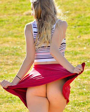 Harley FTV Girls Kinky At The Park