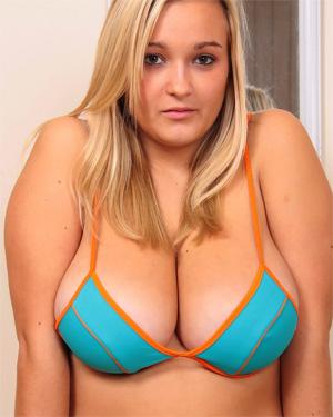 H Cup Holly Bikini Nudes