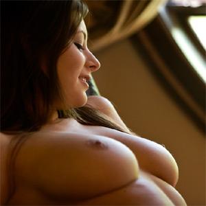 Jamie Graham Erotic