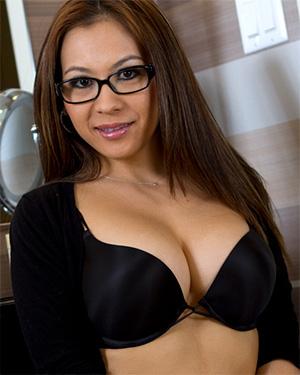 Jasmine Okada Busty Asian Girl